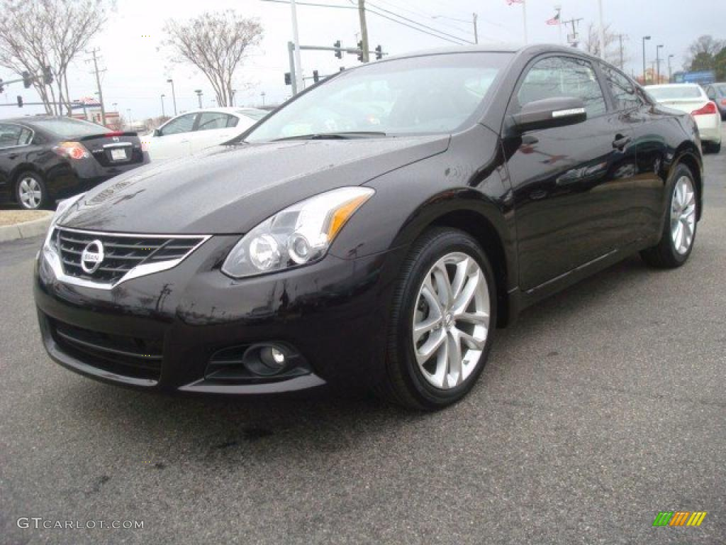 2010 nissan altima 3 5 sr coupe exterior photos. Black Bedroom Furniture Sets. Home Design Ideas