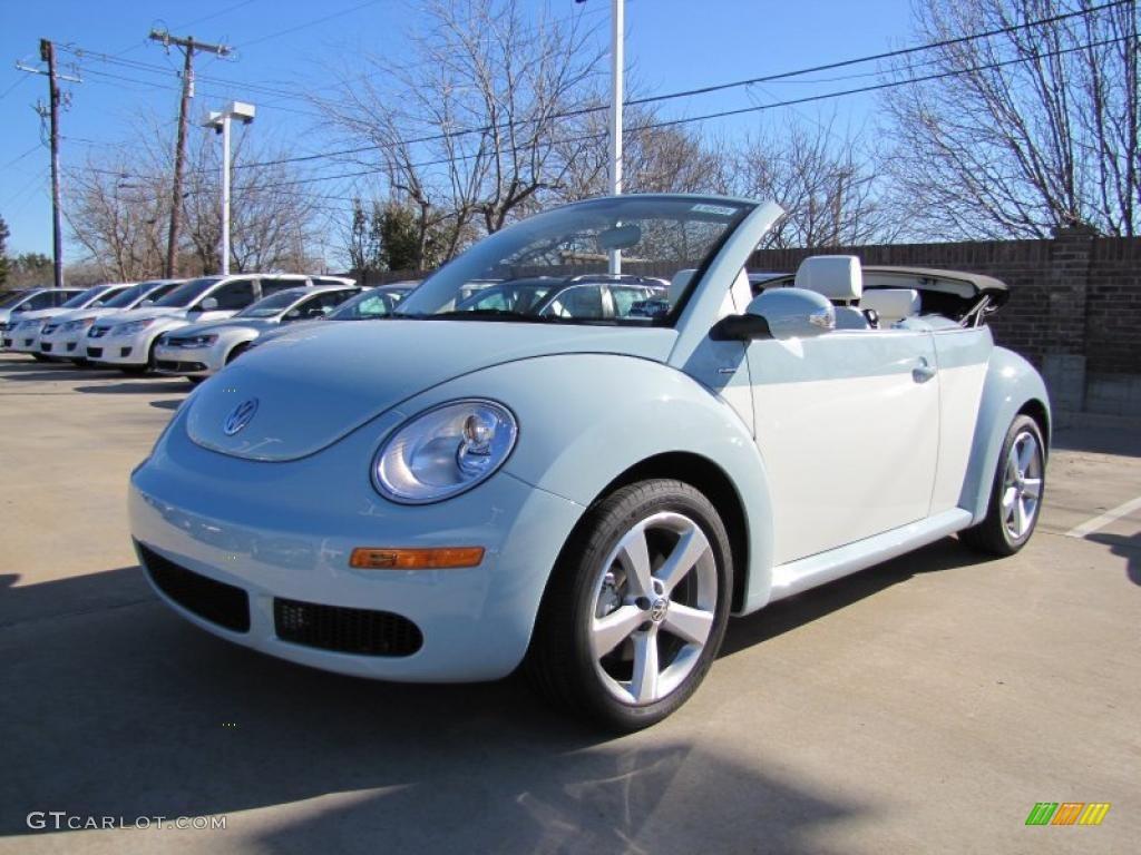 2010 Aquarius Blue Campanella White Volkswagen New Beetle