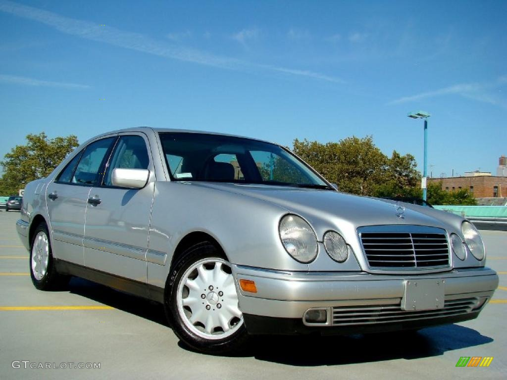 1999 brilliant silver metallic mercedes benz e 300td sedan for Mercedes benz silver