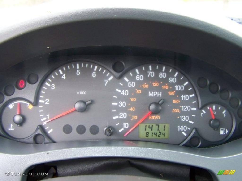 2005 Focus ZX4 SES Sedan - Pitch Black / Dark Flint/Light Flint photo #20