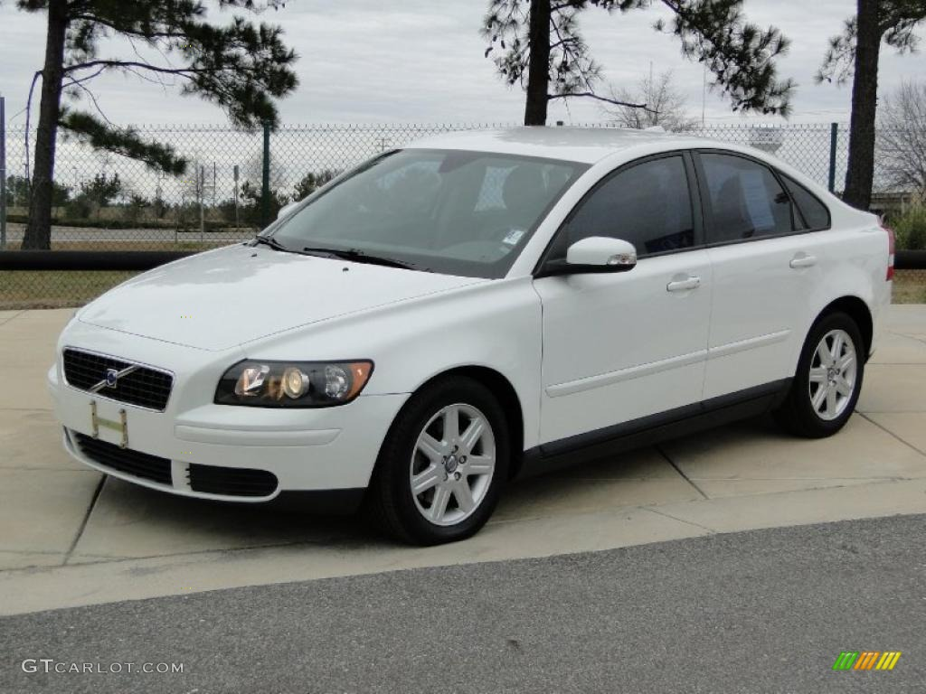 ice white 2007 volvo s40 exterior photo 44773077. Black Bedroom Furniture Sets. Home Design Ideas