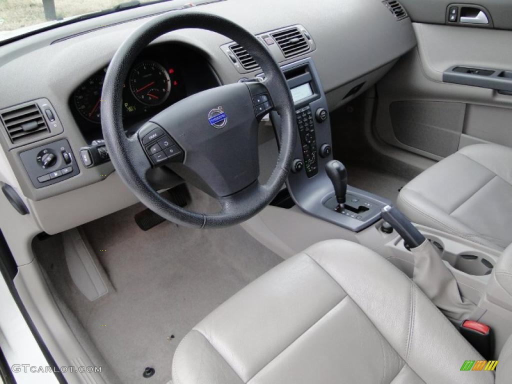 dark beige quartz interior 2007 volvo s40 photo. Black Bedroom Furniture Sets. Home Design Ideas