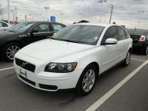 2007 volvo s40 data info and specs. Black Bedroom Furniture Sets. Home Design Ideas