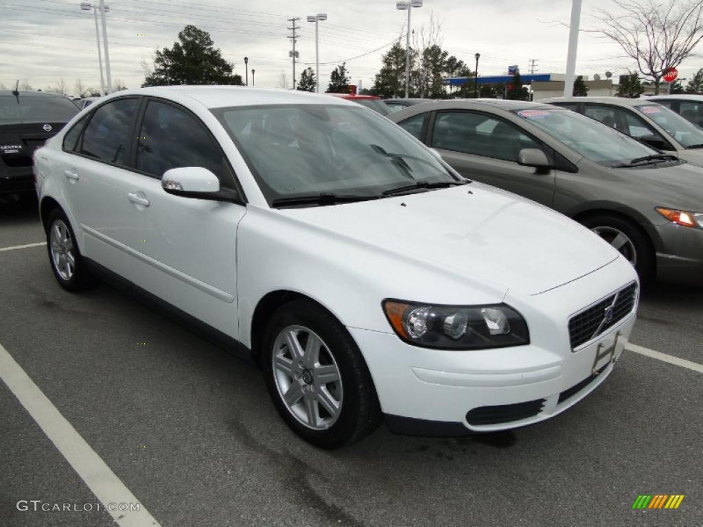 ice white 2007 volvo s40 exterior photo 44773517. Black Bedroom Furniture Sets. Home Design Ideas