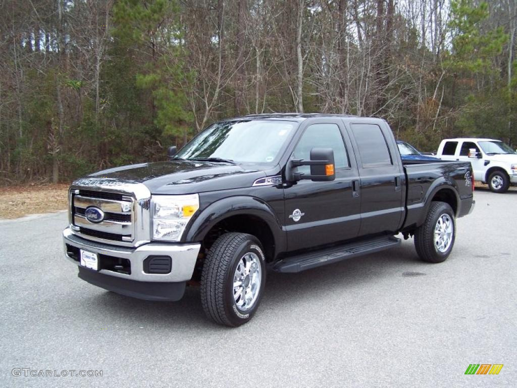 2011 tuxedo black metallic ford f250 super duty xlt crew cab 4x4 44805636 car. Black Bedroom Furniture Sets. Home Design Ideas