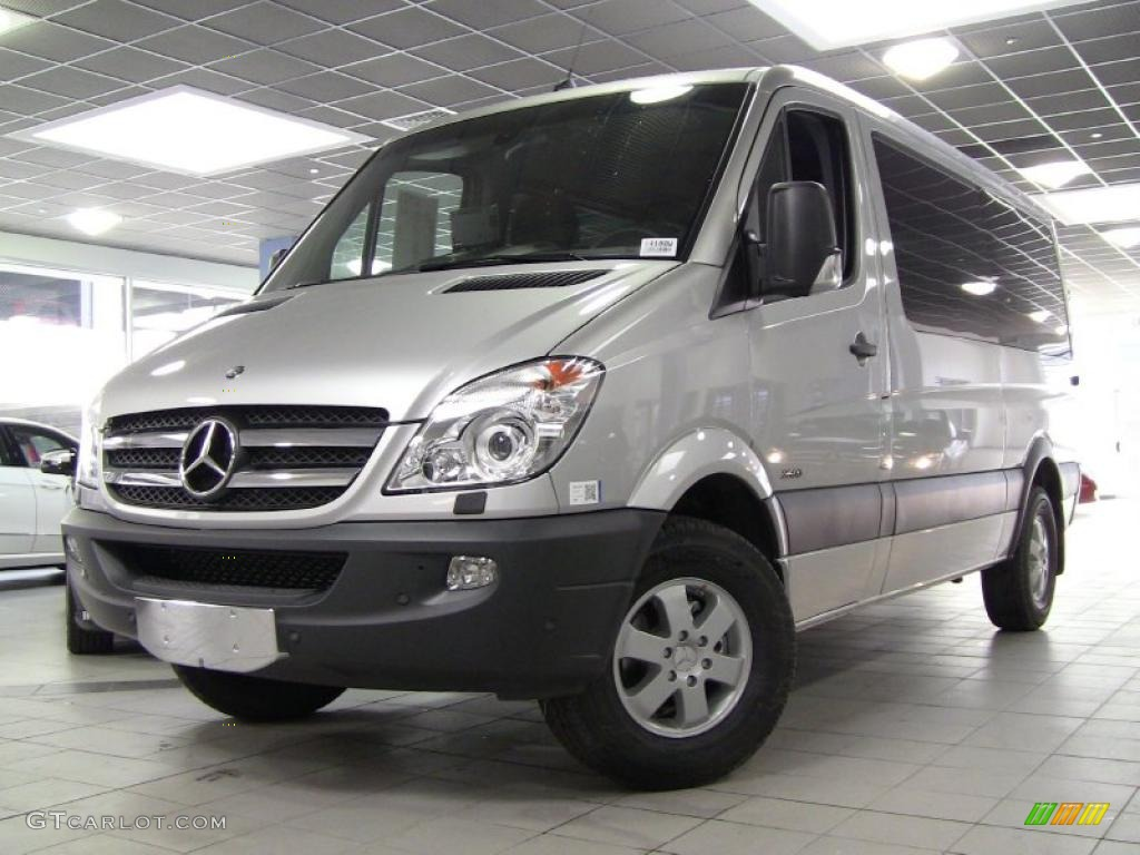 Brilliant silver metallic 2011 mercedes benz sprinter 2500 for Mercedes benz passenger van
