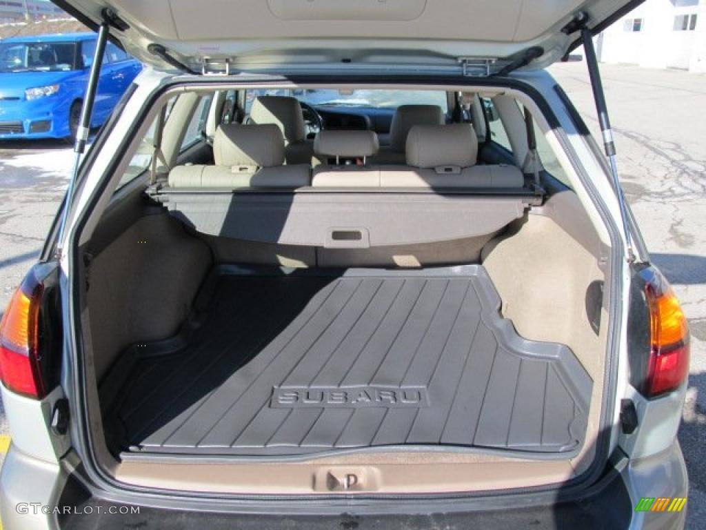 2004 Subaru Outback Limited Wagon Trunk Photo #44829584 ...