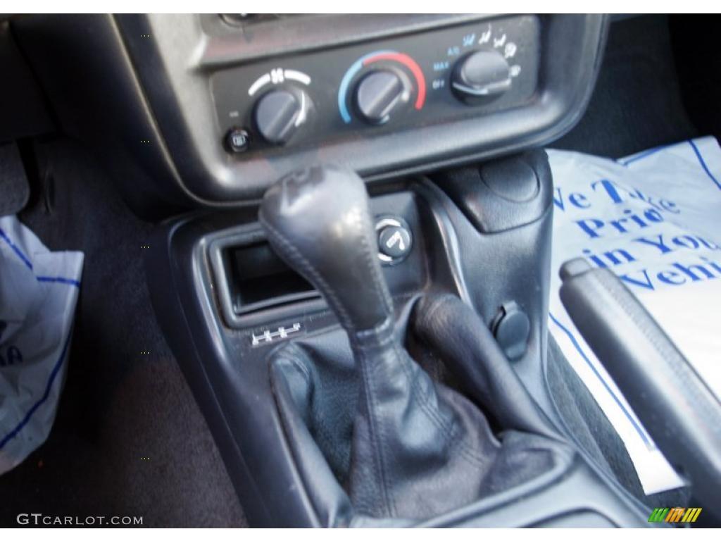 2000 chevrolet camaro z28 ss coupe 6 speed manual transmission photo rh gtcarlot com 1995 chevy camaro z28 manual transmission 1996 Chevy Camaro
