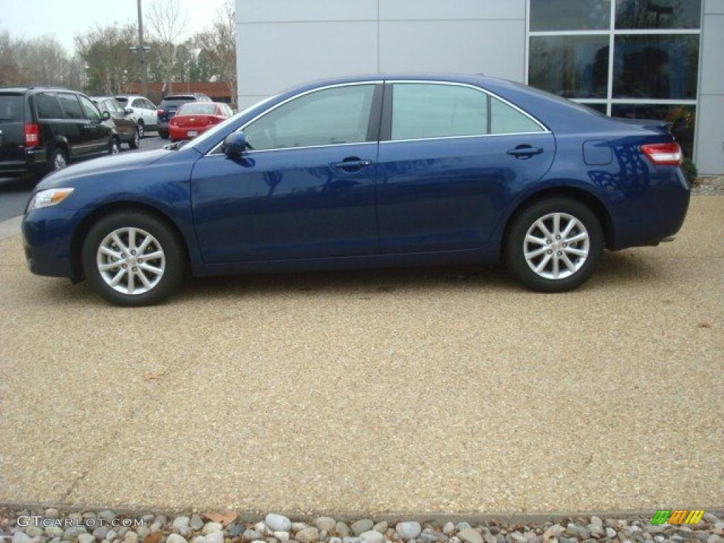 blue ribbon metallic 2011 toyota camry xle v6 exterior. Black Bedroom Furniture Sets. Home Design Ideas