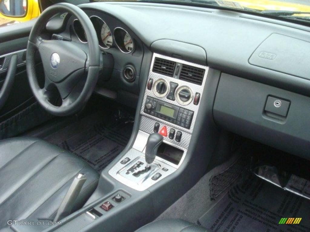 2001 mercedes benz slk 230 kompressor roadster charcoal black dashboard photo 44888529. Black Bedroom Furniture Sets. Home Design Ideas