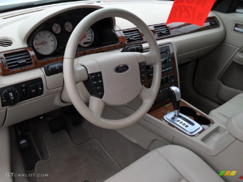 on 2005 Ford Five Hundred Sel