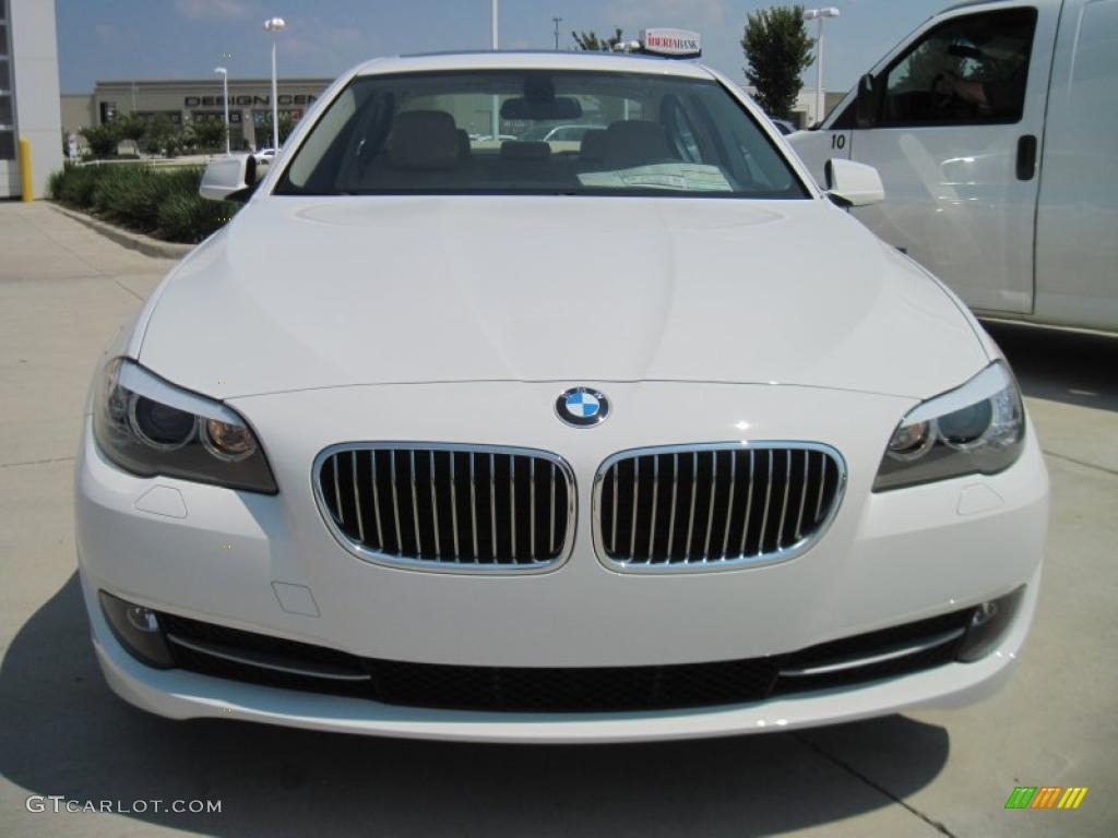 alpine white 2011 bmw 5 series 528i sedan exterior photo 44914932. Black Bedroom Furniture Sets. Home Design Ideas