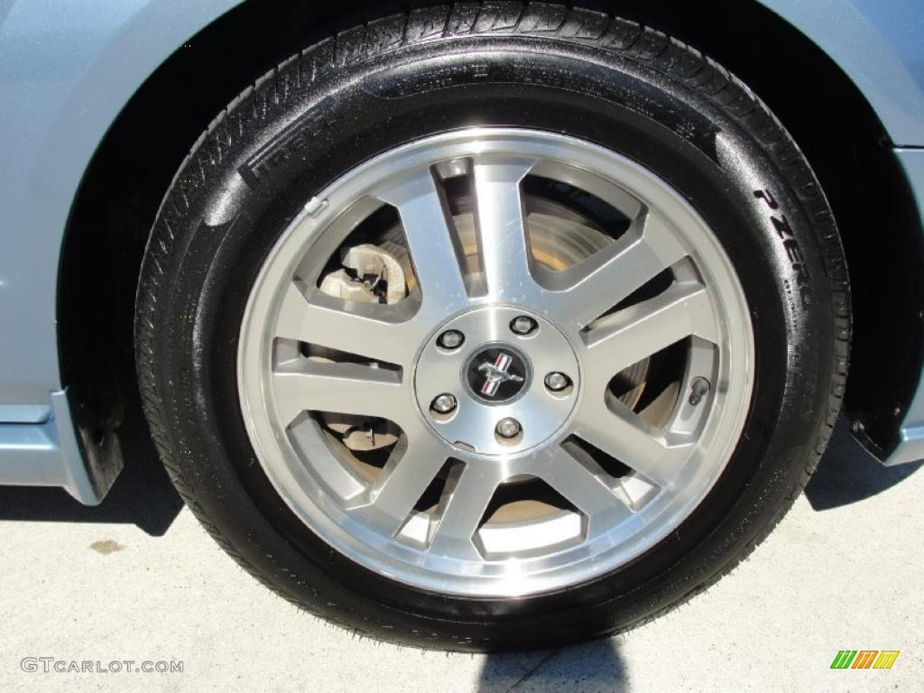 2006 Ford Mustang GT Premium Coupe Wheel Photo #44947717