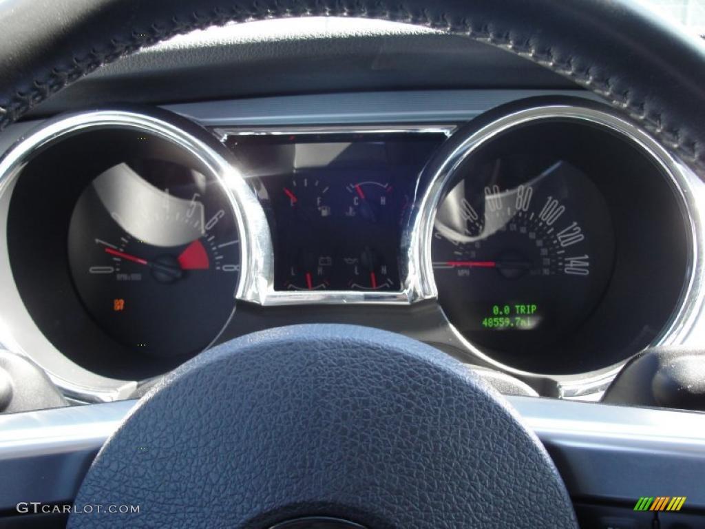 2006 Mustang GT Premium Coupe - Windveil Blue Metallic / Light Graphite photo #43