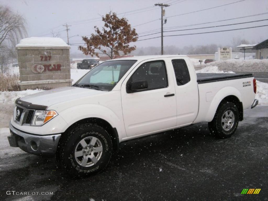 2005 avalanche white nissan frontier nismo king cab 4x4. Black Bedroom Furniture Sets. Home Design Ideas
