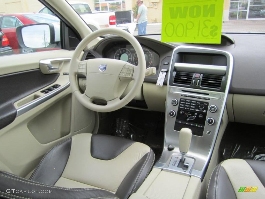 2010 Volvo Xc60 3 2 Interior Photo 45074485