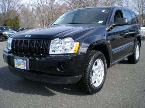 2007 jeep grand cherokee laredo 4x4 data info and specs. Black Bedroom Furniture Sets. Home Design Ideas