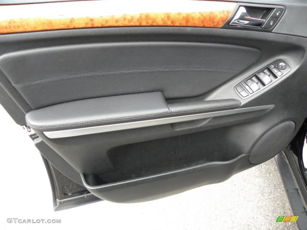 2009 mercedes benz ml 350 black door panel photo 45124498 for Mercedes benz ml 350 2009