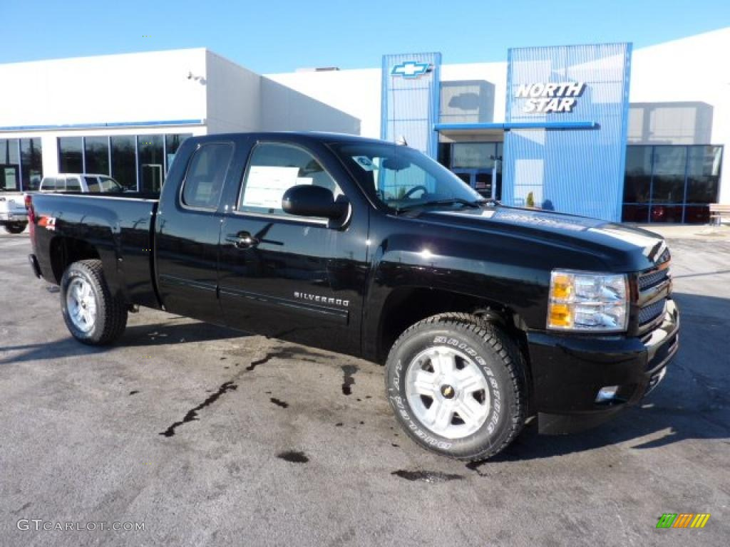 2011 Silverado 1500 LT Extended Cab 4x4 - Black / Ebony photo #1