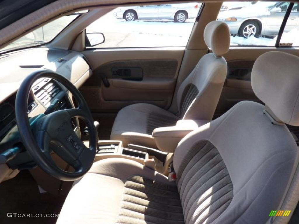 Beige Interior 1992 Saturn S Series Sl1 Sedan Photo  45132622