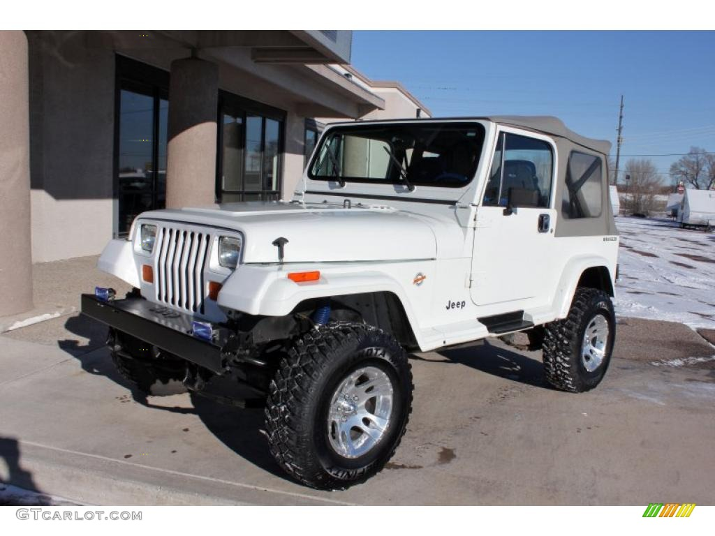 white 1989 jeep wrangler islander 4x4 exterior photo 45144030