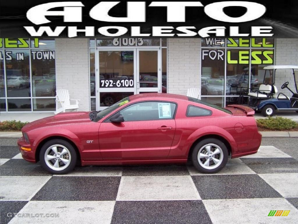2007 Mustang GT Deluxe Coupe - Redfire Metallic / Dark Charcoal photo #1