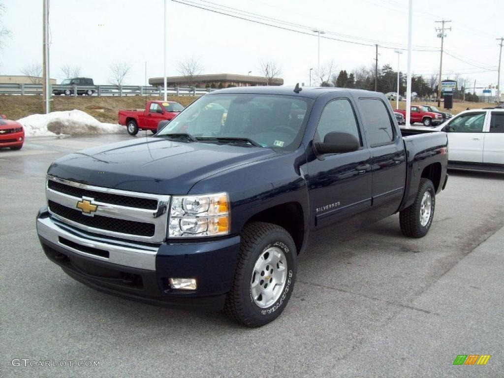 2011 Silverado 1500 LT Crew Cab 4x4 - Imperial Blue Metallic / Ebony photo #11