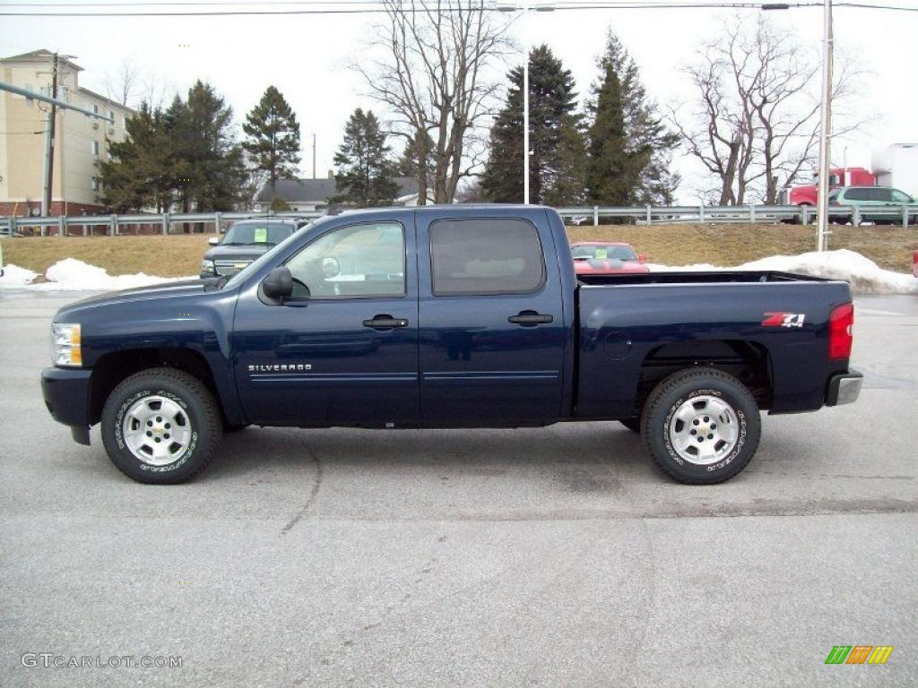 2011 Silverado 1500 LT Crew Cab 4x4 - Imperial Blue Metallic / Ebony photo #13