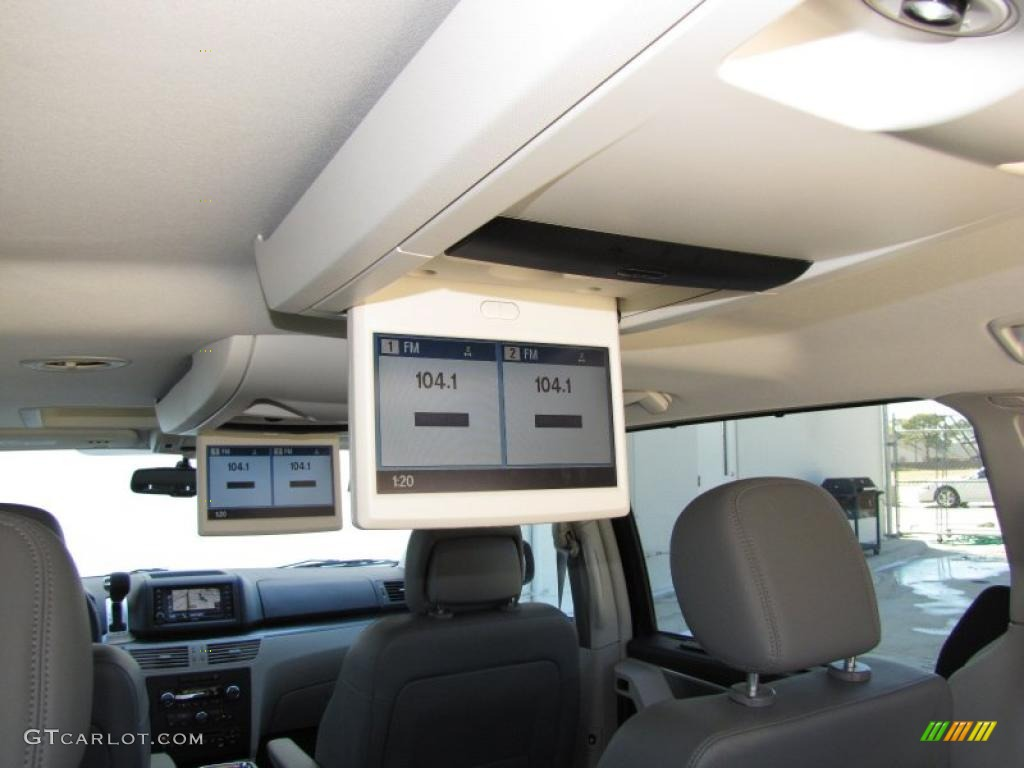 2010 Volkswagen Routan SEL Premium Controls Photo ...