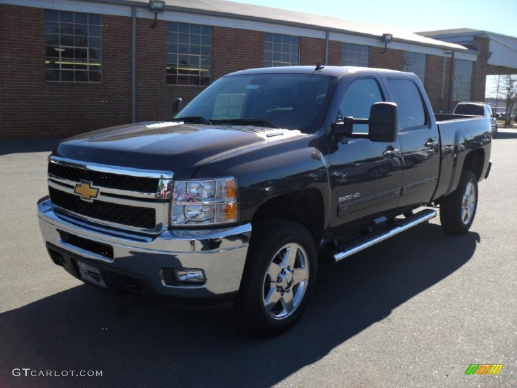 2011 taupe grey metallic chevrolet silverado 2500hd ltz crew cab 4x4 45282106. Black Bedroom Furniture Sets. Home Design Ideas