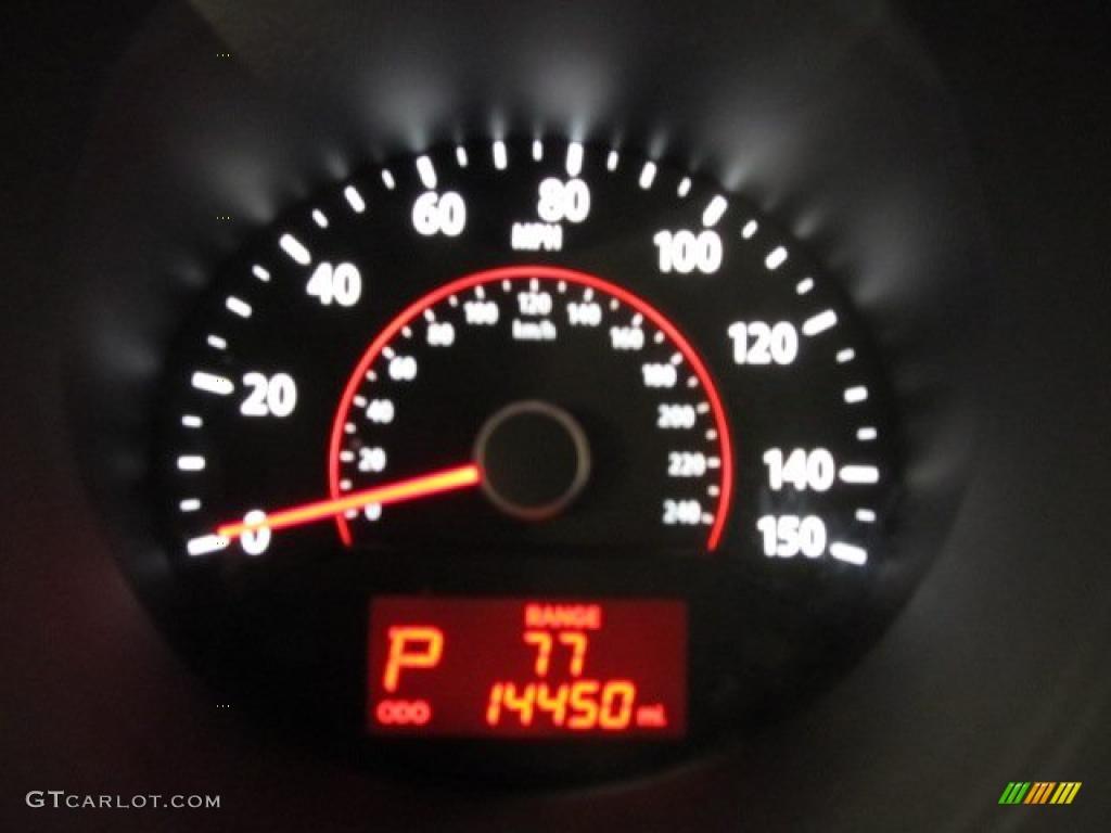 2011 Sorento LX AWD - Spicy Red / Beige photo #15