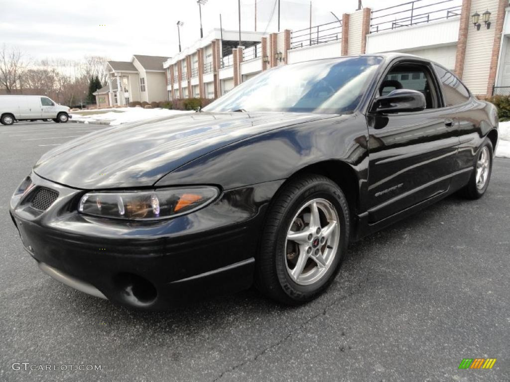 2002 black pontiac grand prix gt coupe 45331845. Black Bedroom Furniture Sets. Home Design Ideas
