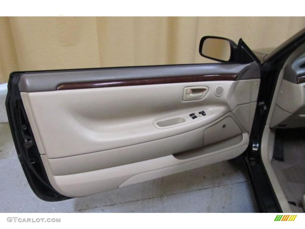 2000 toyota solara se v6 coupe ivory door panel photo - 2000 toyota solara interior door handle ...