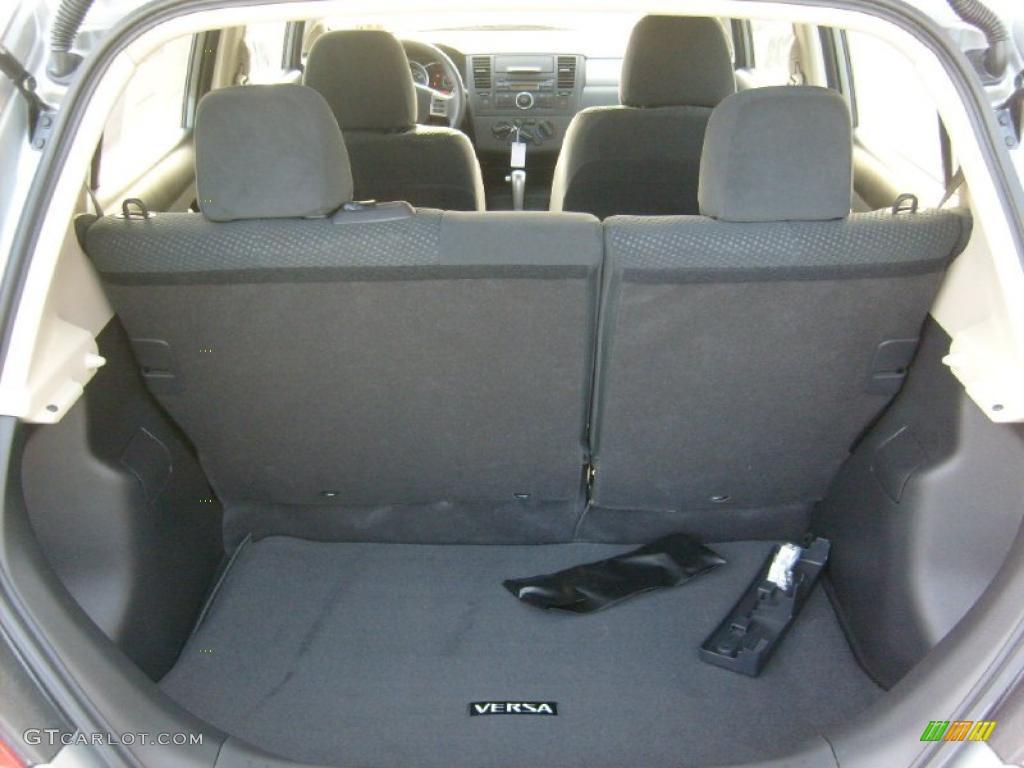 2011 Nissan Versa 1 8 S Hatchback Trunk Photo 45454272 Gtcarlot Com