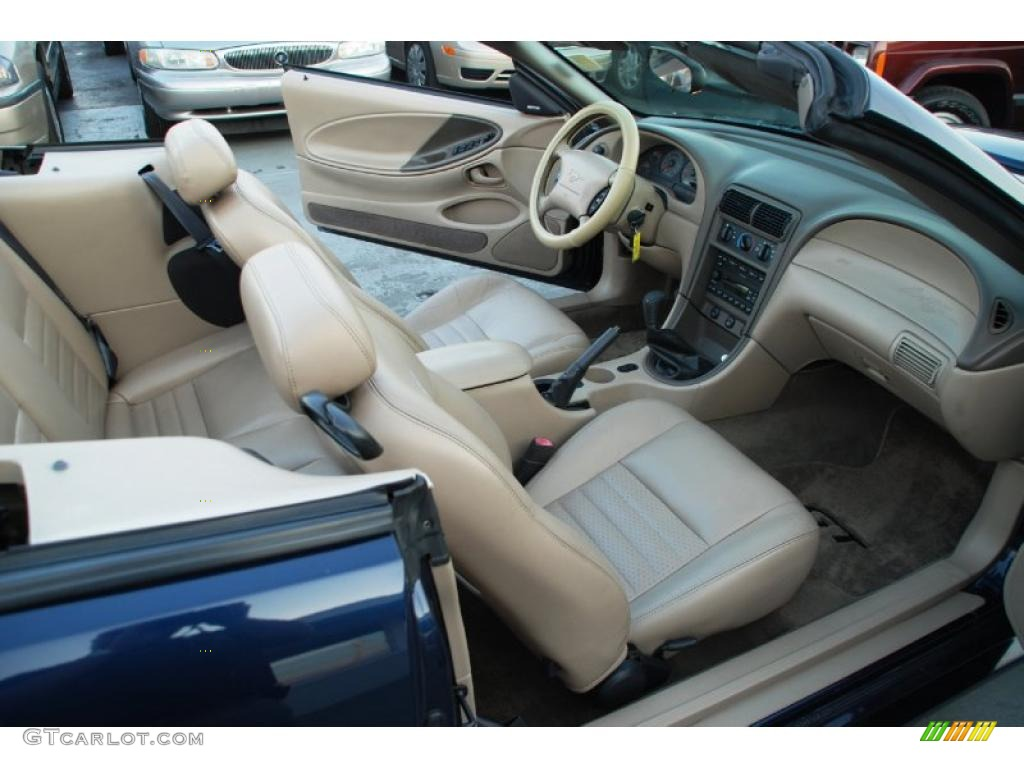 Medium Parchment Interior 2002 Ford Mustang Gt Convertible Photo 45470132 Gtcarlot Com