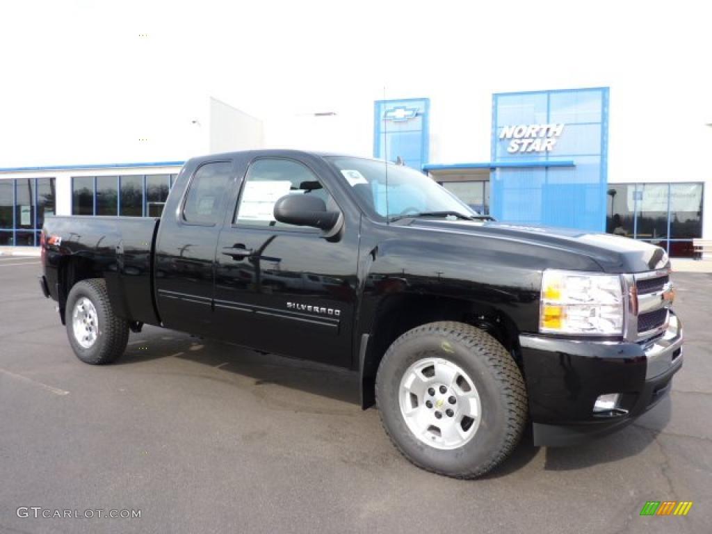 2011 Silverado 1500 LT Extended Cab 4x4 - Black / Ebony photo #1