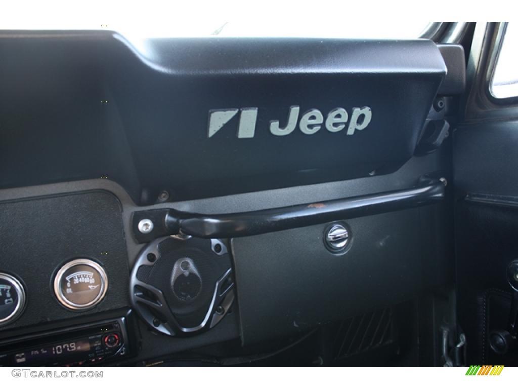 1986 sterling silver metallic jeep cj7 renegade 4x4. Black Bedroom Furniture Sets. Home Design Ideas
