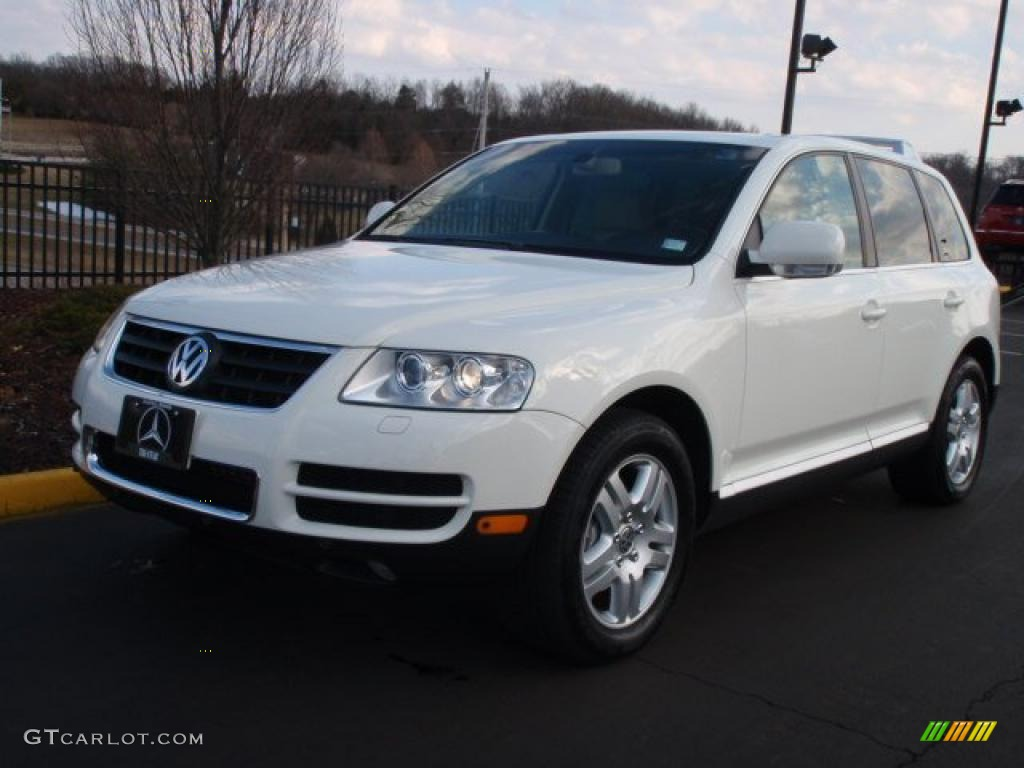 White 2005 Volkswagen Touareg for Sale in - Autoblog