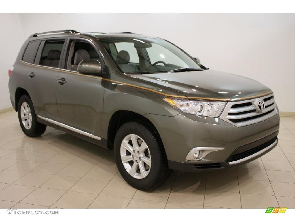 2011 cypress green pearl toyota highlander se 4wd 45395605 photo 17 car color. Black Bedroom Furniture Sets. Home Design Ideas