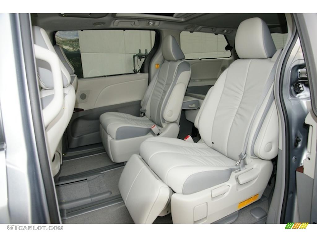 Light gray interior 2011 toyota sienna limited awd photo 45597100