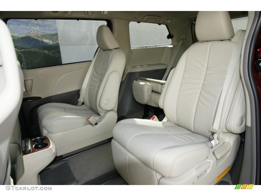 Bisque Interior 2011 Toyota Sienna XLE AWD Photo #45598112 | GTCarLot ...