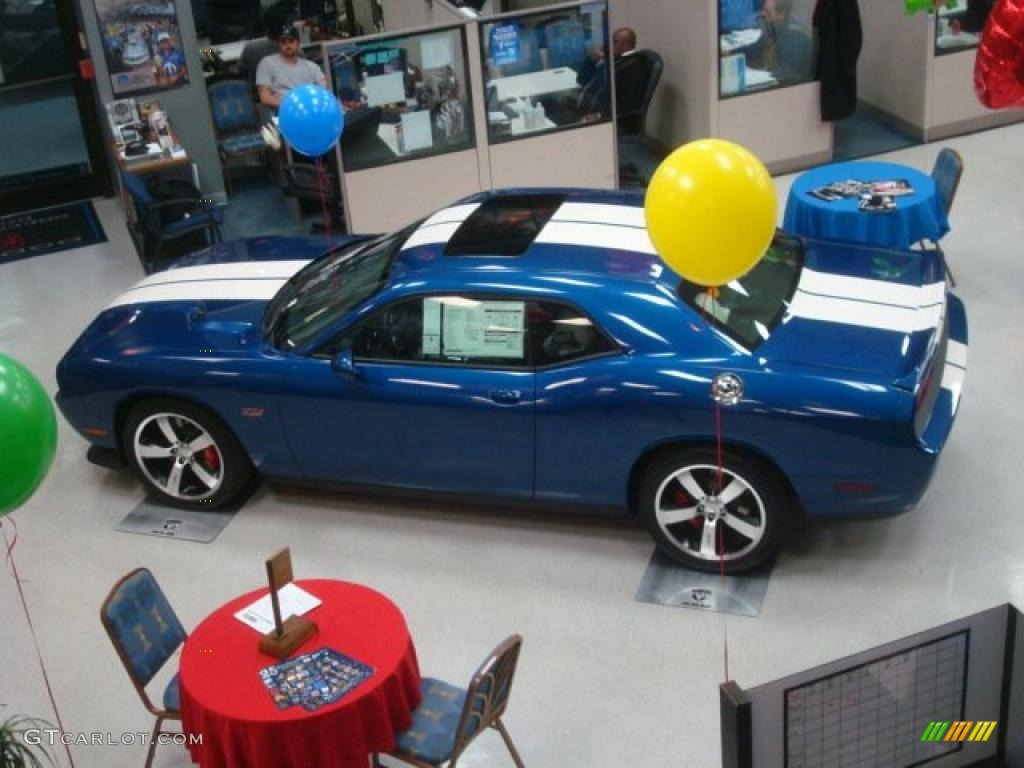 Deep water blue pearl 2011 dodge challenger srt8 392 inaugural edition exterior photo 45631353