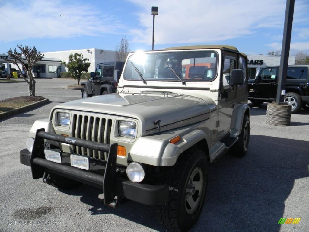1992 light champagne metallic jeep wrangler sahara 4x4 45497370 car color. Black Bedroom Furniture Sets. Home Design Ideas