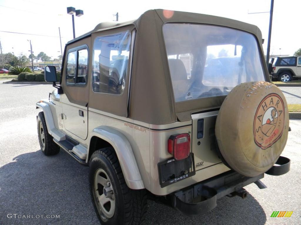 1992 light champagne metallic jeep wrangler sahara 4x4 45497370 photo 3 car. Black Bedroom Furniture Sets. Home Design Ideas