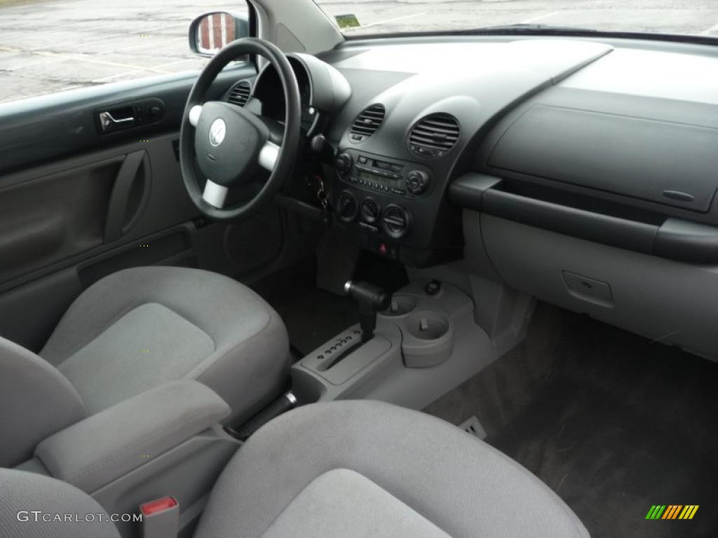 grey interior 2003 volkswagen new beetle gls coupe photo. Black Bedroom Furniture Sets. Home Design Ideas