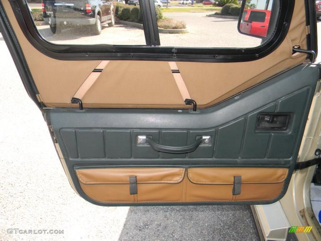 1992 Jeep Wrangler Sahara 4x4 Green Beige Door Panel Photo