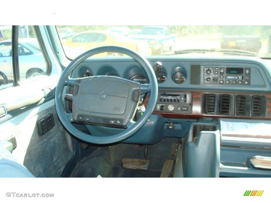 1997 Dodge Ram Van 3500 Penger Dashboard Photos