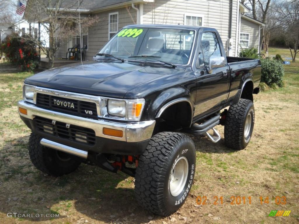 black 1989 toyota pickup sr5 regular cab 4x4 exterior photo 45722191. Black Bedroom Furniture Sets. Home Design Ideas