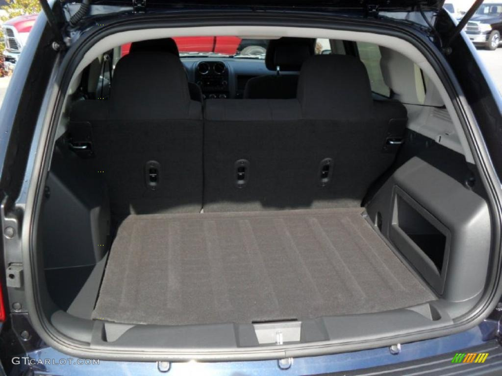 2011 jeep compass 2 4 4x4 trunk photo 45783730. Black Bedroom Furniture Sets. Home Design Ideas