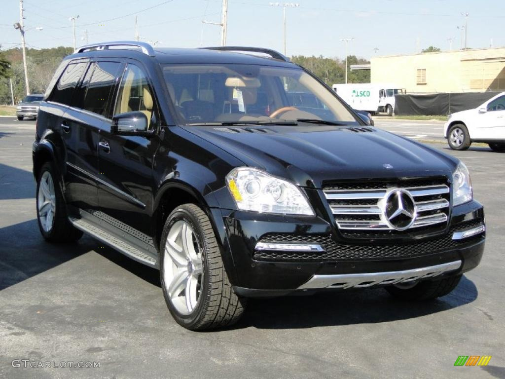 black 2011 mercedes benz gl 550 4matic exterior photo